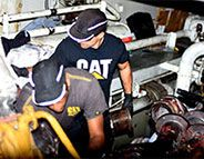 Maintenance moteurs marins