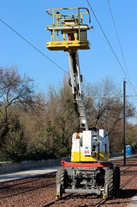 Machinery for catenary maintenance