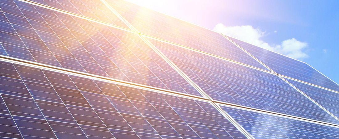 Lancement d'une première réalisation d'ombrière photovoltaïque chez Eneria